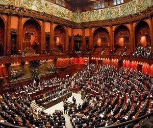 Presidente giorgio napolitano disuelve parlamento italiano for Lavorare al parlamento italiano