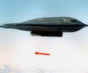Pentágono moderniza armas nucleares en Europa, pese a enfrentar grave crisis económica