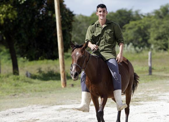 Elio Abreu Travieso, el Médico y delegado de Santo Tomás. Foto: Ismael Francisco/Cubadebate.