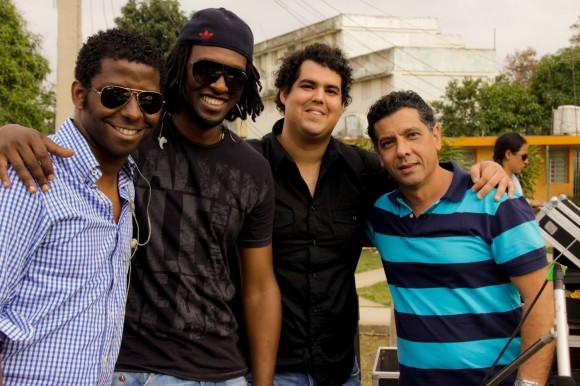 """""""Los niños"""" de Omara: de izquierda a derecha, Rolando Luna, Rodney Barreto, Gastón Joya y Coayo Junior. Foto: Alejandro Ramírez Anderson."""