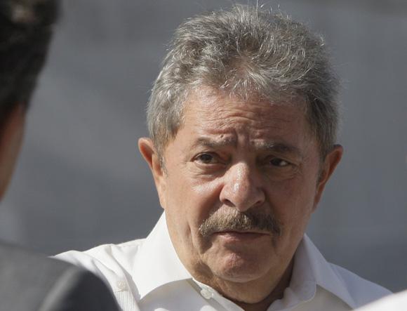 Expresidente brasileño Luis Inacio Lula da Silva rindió homenaje en La Habana a José Marti. Foto: Ismael Francisco/Cubadebate
