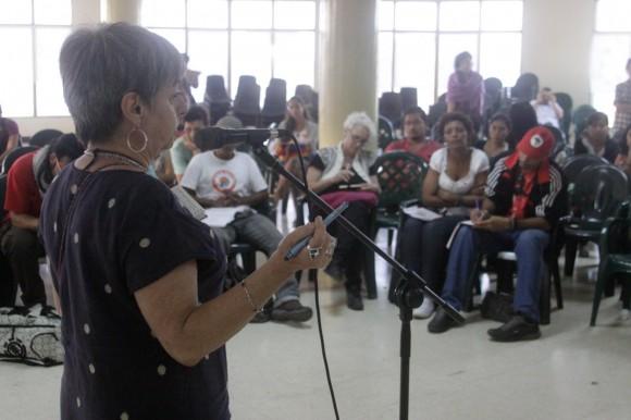 Intervención de Ana Esther Ceceña. Foto: Alejandro Ramírez Anderson.