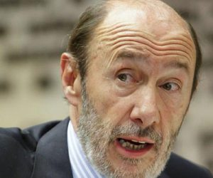 El PSOE rompe relaciones con el PP e insiste en dimisión inmediata de Rajoy