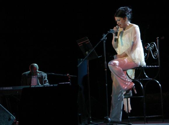 Ivette Cepeda en el concierto del Teatro Mella. Foto: Daylén Vega.