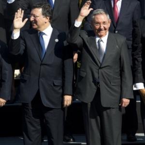 El Presidente cubano Raúl Castro en la foto oficial de la Cumbre CELAC-UE