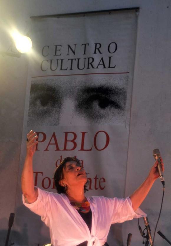 Concierto de Liliana Herrero en el Centro Pablo, La Habana, Cuba.
