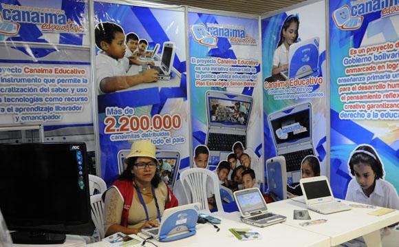 Sesiona en el Palacio de Convenciones Pedagogía 2013. Foto: Ismael Francisco/Cubadebate.