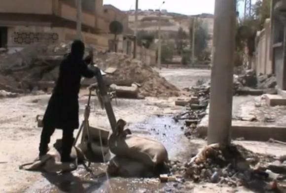 Insurgentes atacan Damasco con morteros.