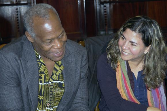 Danny Glover y Kenia Serrano en la Casa de la Amistad. Foto: Daylén Vega / Cubadebate