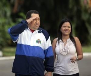 Chávez-y-su-hija-María-Gabriela