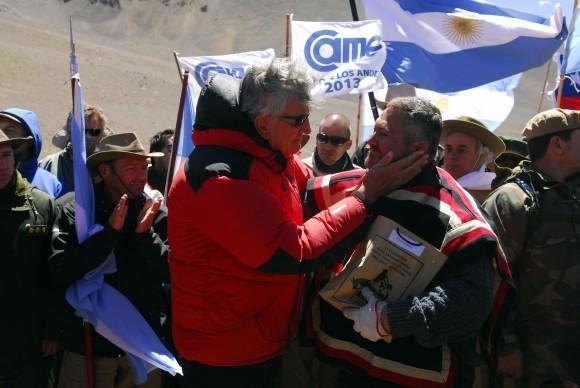 Acto límite Gobernador con hermanos chilenos. Foto: Virginia Rodríguez.