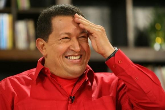 Hugo-Chávez-sonrie