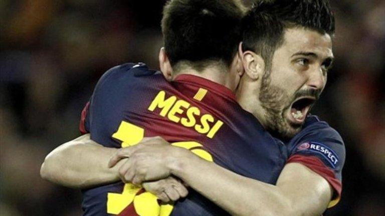 Messi abraza a Villa tras una goleada. FOTO: Eurosport