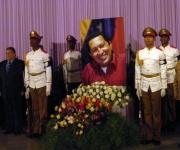Miembros del Buró Político rinden homenaje a Chávez