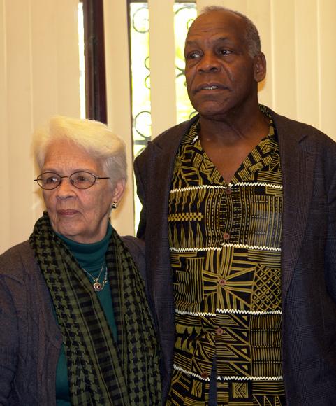 Mirtha Rodríguez y Danny Glover en la Casa de la Amistad. Foto: Daylén Vega/Cubadebate.