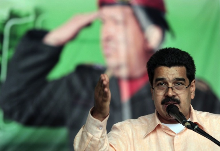 Nicolás-Maduro y Hugo Chávez