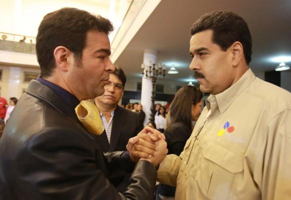 El Cantante mexicano Pablo Montero saluda al Presidente Encargado Nicolás Maduro