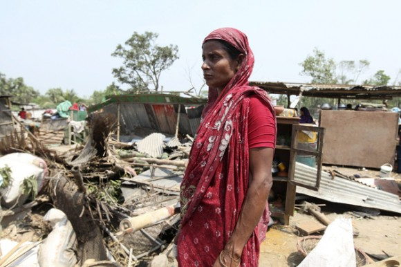 20 people killed in a tornado in Bangladesh