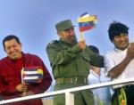 Chávez, Fidel y Evo, en la Plaza de la Revolución. Foto: Ismael Francisco/Archivo de Cubadebate.