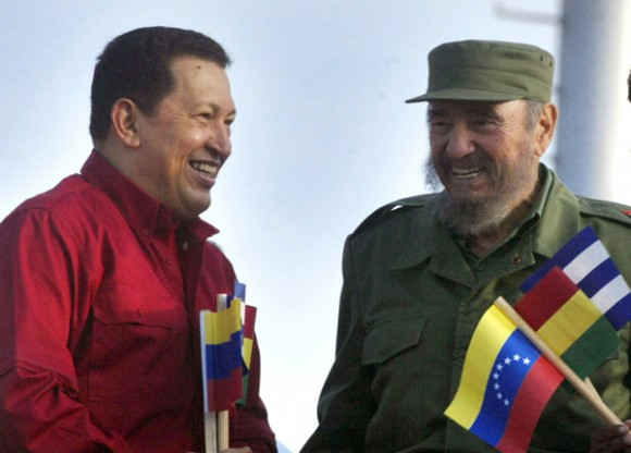 Chávez y Fidel. Foto: Ismael Francisco/Cubadebate