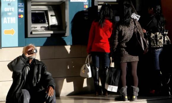 La UE aprueba rescate financiero a Chipre