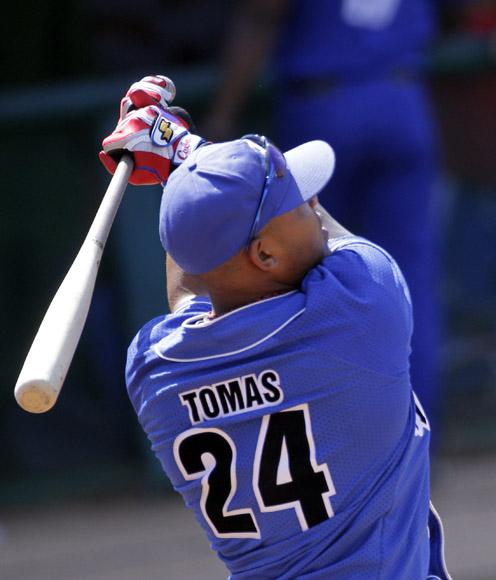 Yasmani Tomas, clasificó para la final de la competancia de jonrrones. Foto: Ismael Francisco/Cubadebate.