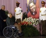 El luchador revolucionario Armando Hart Dávalos rinde homenaje en La Habana a Hugo Chávez. Plaza de la Revolución. Foto: Ismael Francisco/Cubadebate.