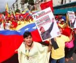 Mujeres venezolanas rinden tributo a Chávez