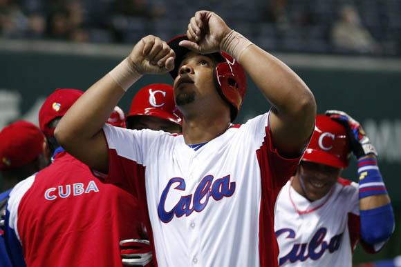 El batazo de Abreu fue descomunal. Foto: Yahoo.