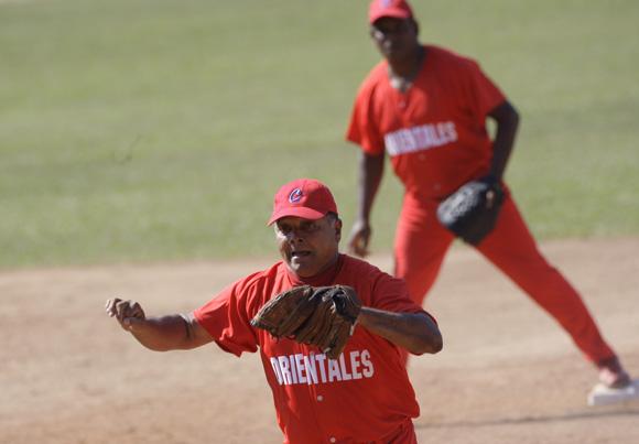 Juego de estrellas de Veteranos. Foto: Ismael Francisco/Cubadebate.