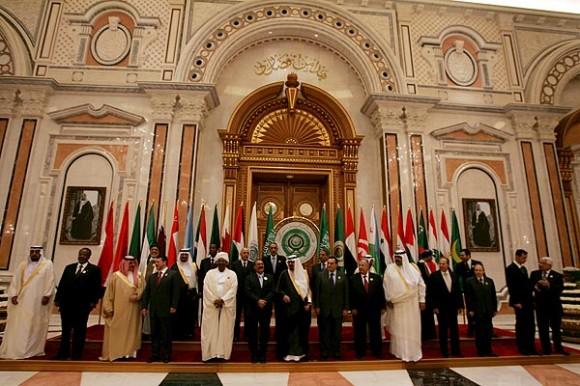 La Liga Árabe aprueba el apoyo a la insurgencia siria