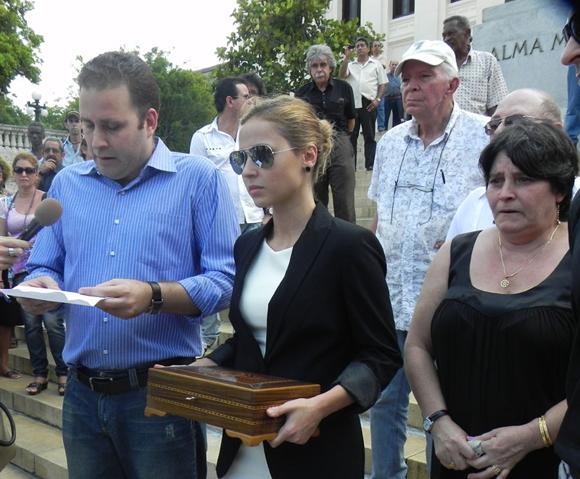 ESCALIANTA-GUEVARA-aa