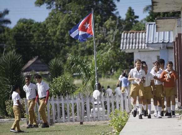 Escuela en Cayo Ramona. Ciénaga de Zapata. Foto: Ismael Francisco/Cubadebate.