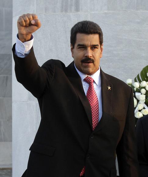 Nicolás Maduro, presidente de Venezuela, deposita Ofrenda Floral a José Martí en la Plaza de la Revolución. Foto: Ismael Francisco/Cubadebate.