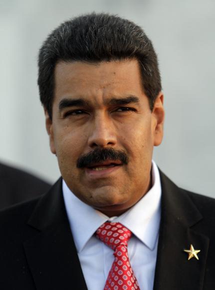 Nicolas Maduro, presidente de Venezuela, deposita Ofrenda Floral a José Martí en la Plaza de la Revolución. Foto: Ismael Francisco/Cubadebate.