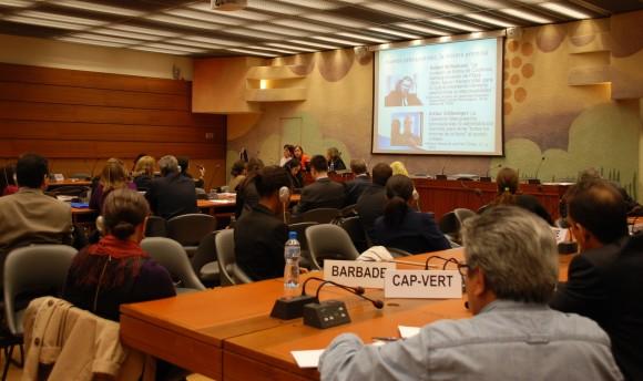La editora de Cubadebate Rosa Miriam Elizalde, en el Palacio de las Naciones, de Ginebra. Foto: Rafael Salvador/ Cubadebate