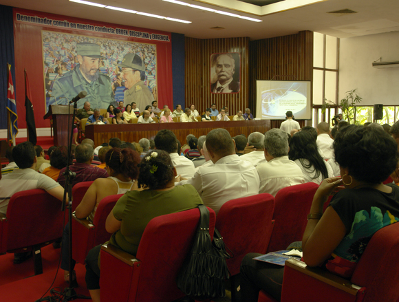 "Programa ""Con Todos"", en Holguín. Foto: Daylén Vega/Cubadebate."