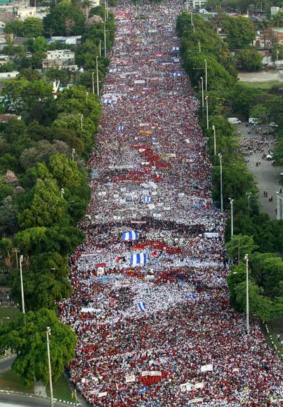 Desfile por el 1ro de Mayo en La Habana. Foto: Ismael Francisco/Cubadebate.