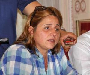 Esposa de antiterrorista cubano expone caso de Los Cinco en Colombia