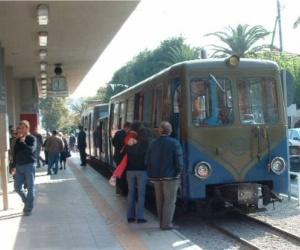 Ferrocarril de Grecia