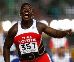 Yarelis Barrios conquista plata y Bolt cae en Roma.