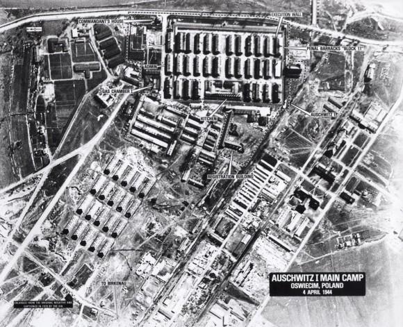 auschwitz-vista-aerea-4-4-1944