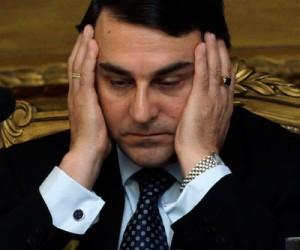 Investigan a ex presidente paraguayo por corrupción