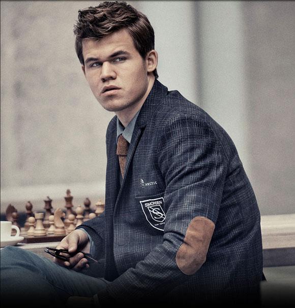 Carlsen, un portento.