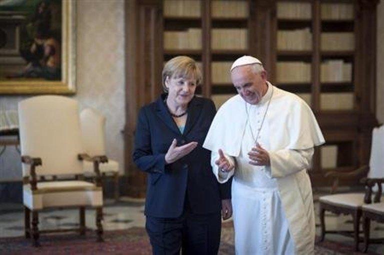 merkel y el papa francisco