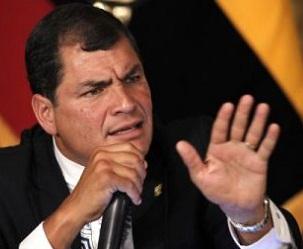 Presidente ecuatoriano denuncia campaña mediática