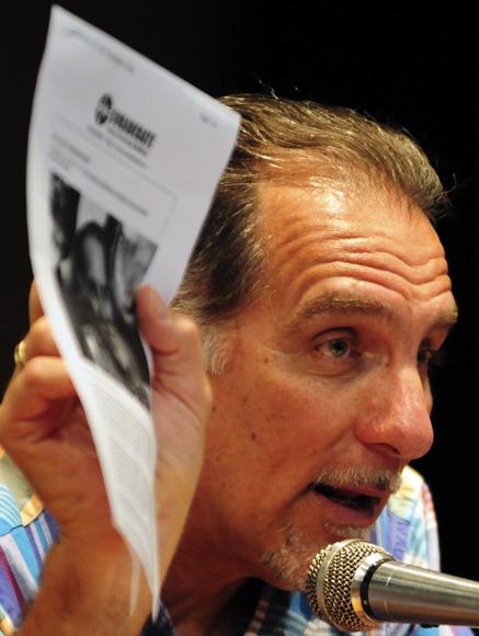 René González dio lectura a la carta que le envió Gerardo Hernández. Foto: Ladyrene Pérez/Cubadebate.