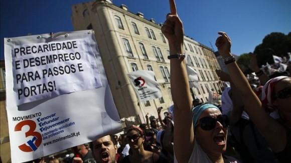 Alta-maestros-recortes-salariales-Portugal_EDIIMA20130617_0232_4