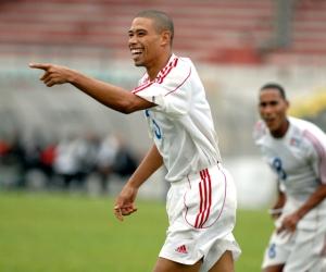 Yenier Márquez regresa a la selección.