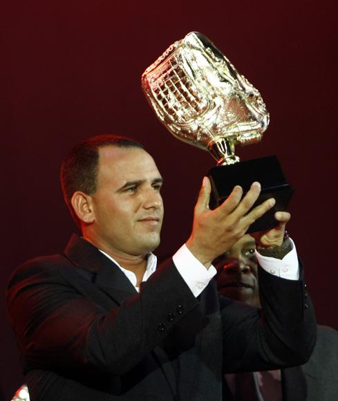 Yordan Manduley, guante de Oro. Foto: Ismael Francisco/Cubadebate.